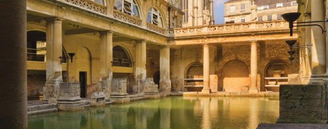 Bath English Homestay - The Roman Baths
