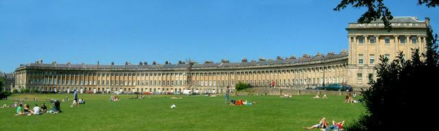 Bath English Homestay - The Royal Crescent
